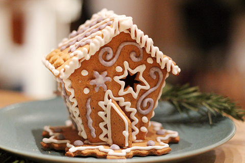 ginger bread house 5
